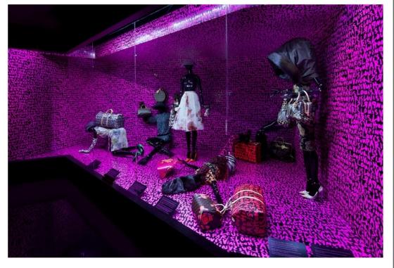 Marc-Jacobs-y-Louis-Vuitton_oficial-9
