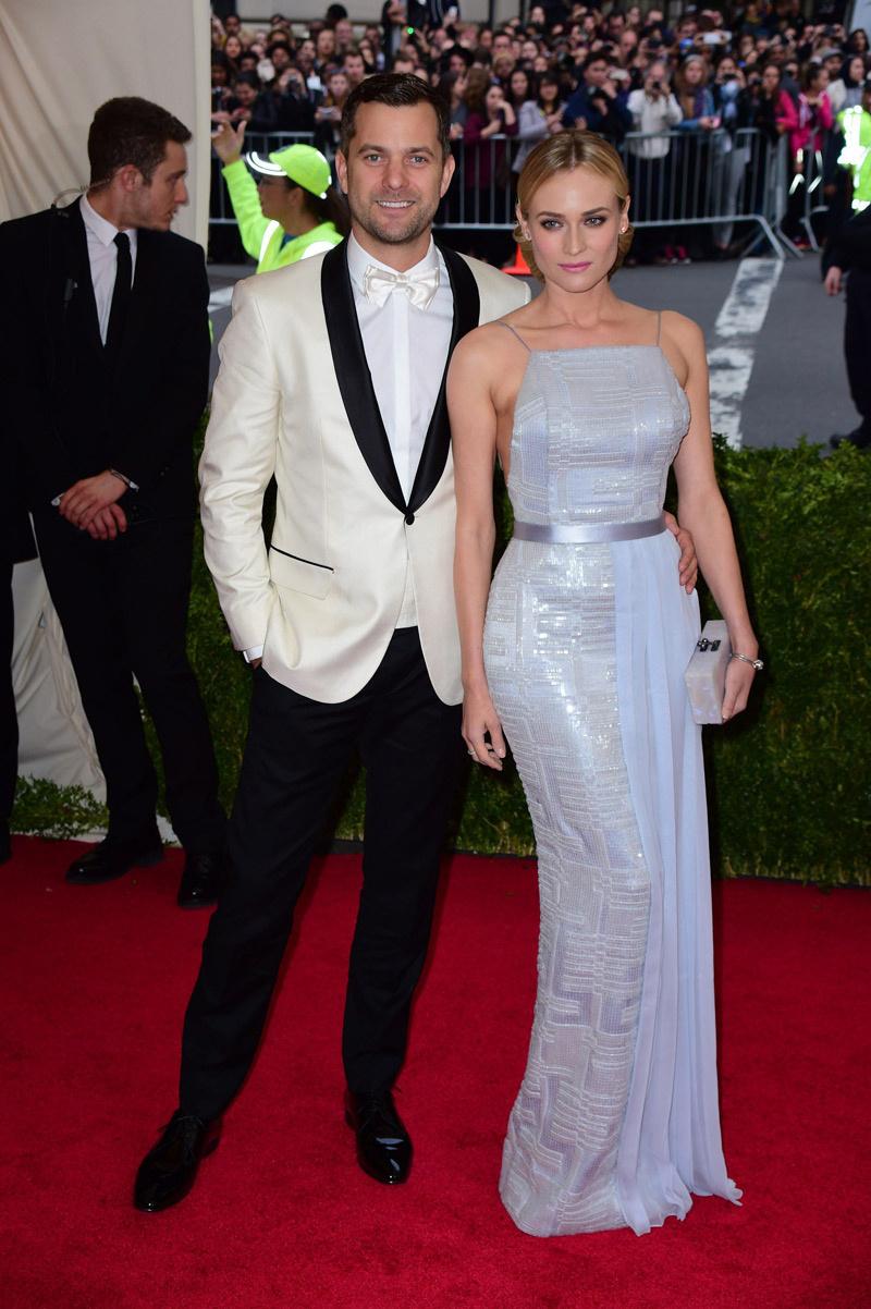 Joshua Jackson y Diane Kruger_Met_2014
