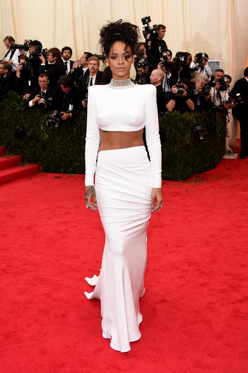 Rihanna_Net_2014